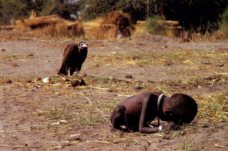 "Kevin Carter, ""the vulture and the little girl"""